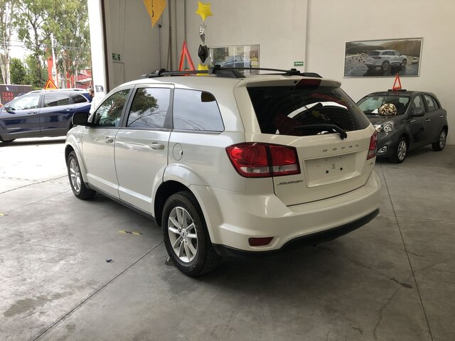 dodge-journey-used-374232-inv-7.jpg